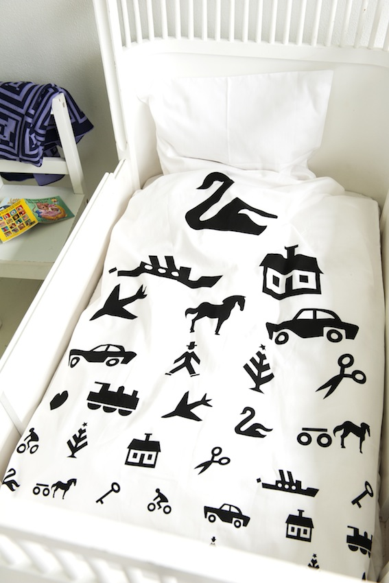 Strikaholic bedding
